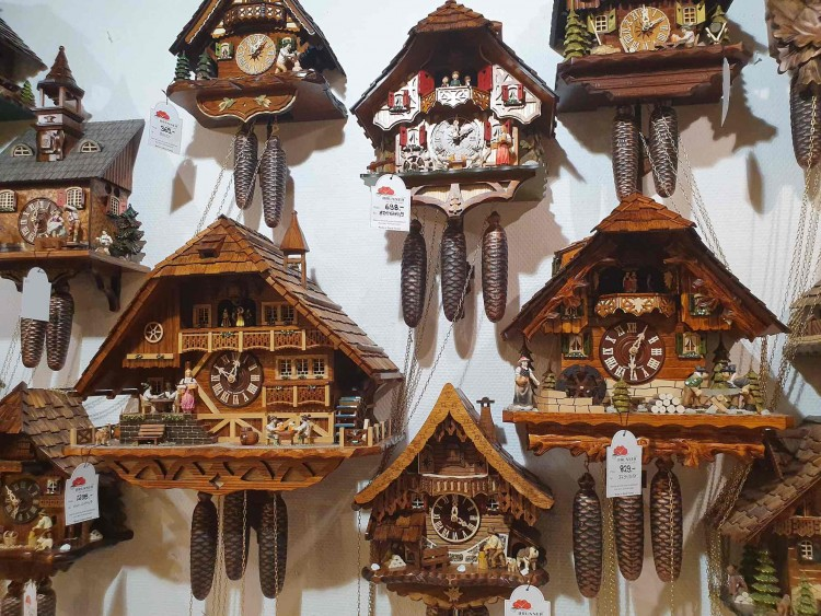 Cool Souvenir from the Schwarzwald - you Cuckoo Clock